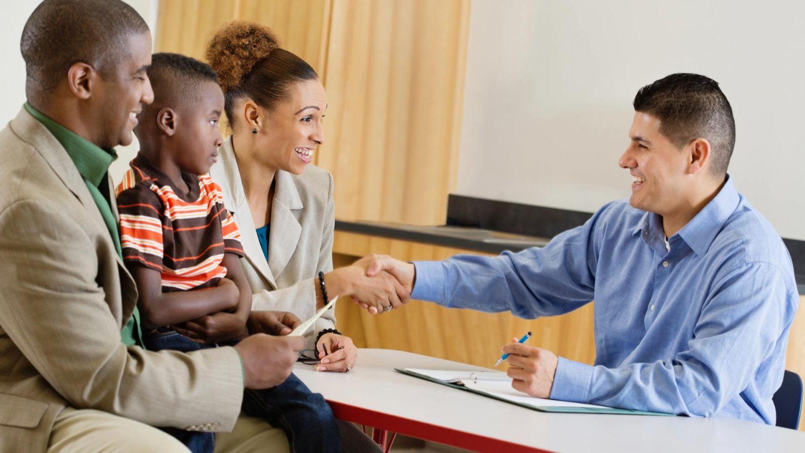 assistencia-social-para-famílias