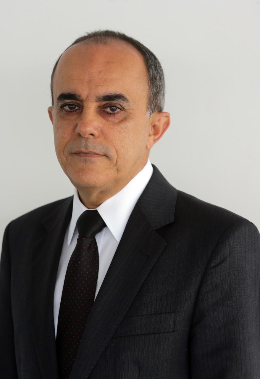 Min. Cláudio Brandão
